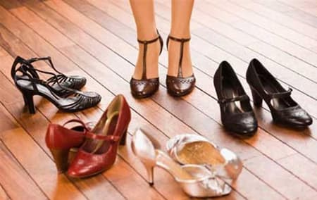 Ayakkabı mağazında | İngilizce Diyaloglar